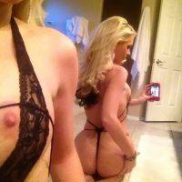 Delphine superbe blonde cherche fétichiste pieds