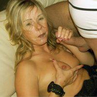 Josiane vieille blonde sac à foutre