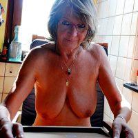 Marie-Christine, 65 ans et .... bonne à niquer