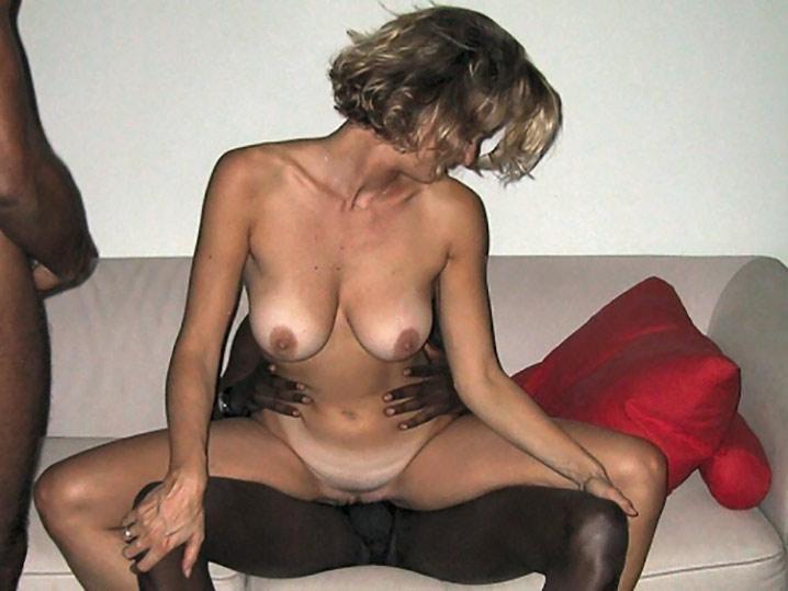 Armelle bourgeoise blonde gros cul interracial 4