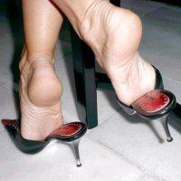 Martina, femme fétichiste des pieds OK pour une rencontre avec un adorateur